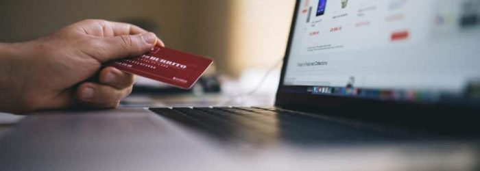 black-friday-buy-credit-card-34577-1024x683